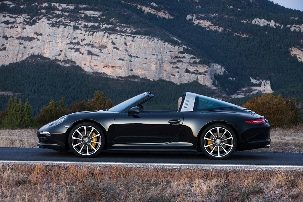 2019-Porsche-911-Targa-Photos-1024x683